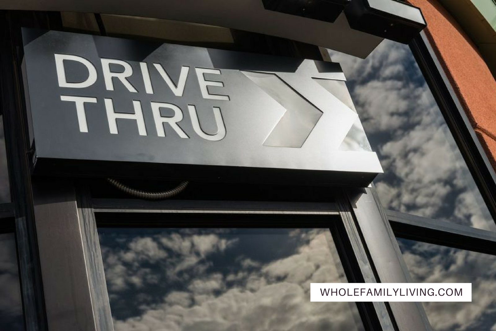 WFL Blog Post How to avoid the drive thru when you're on the go and starving