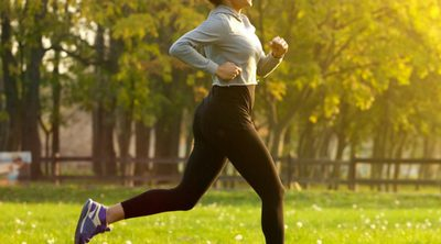 Quick Tips to Relieve Stress at Work During Lunchtime. Woman jogging in the park.
