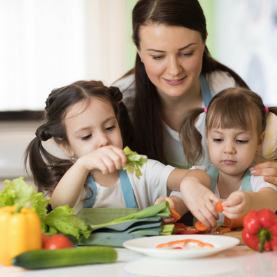 Guide to Eating Healthy with a Busy Family Life
