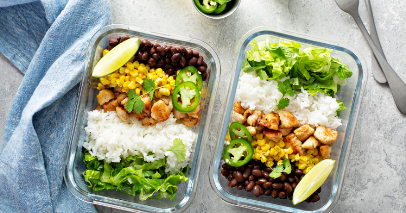 2 glass meal prep containers with healthy dood. Best Non-toxic Glass Food Storage Containers (Back to School 2021)